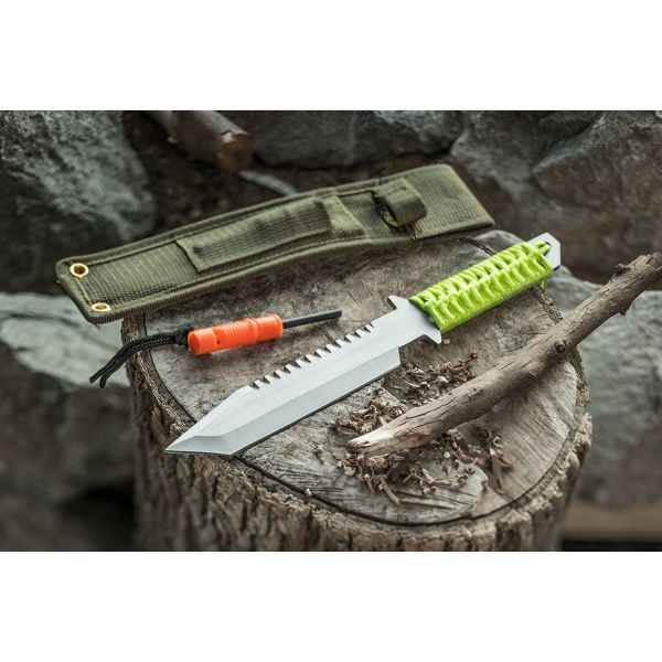 Paracord Survival Camping Knif...